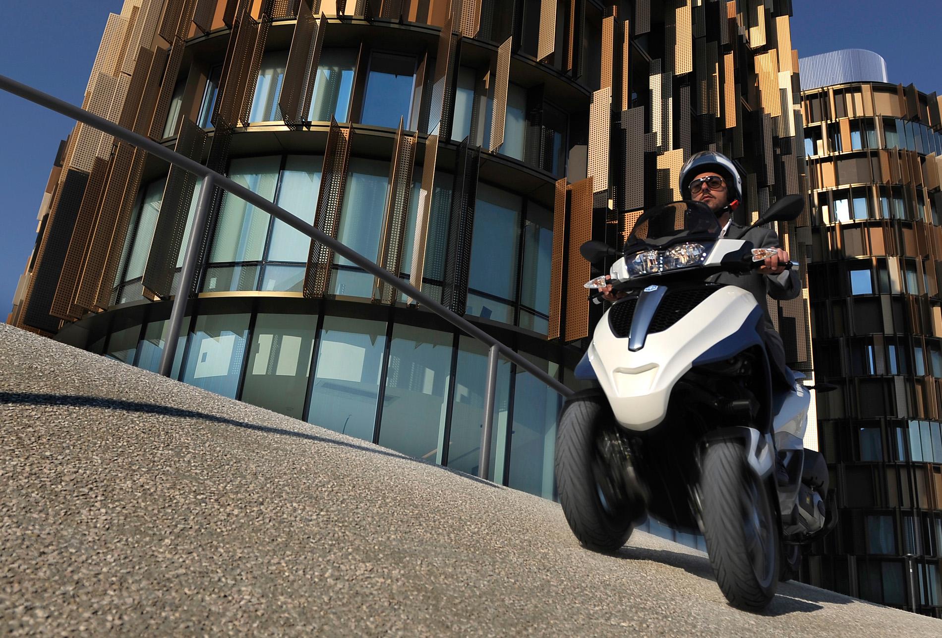 Scooter Piaggio - Le Biclou, votre concession à La BridoireScooter Piaggio - Le Biclou, votre concession à La Bridoire